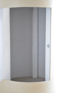 дверь тумба внутри